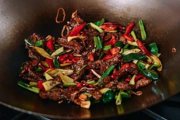 Hunan beef stir-fry, thewoksoflife.com