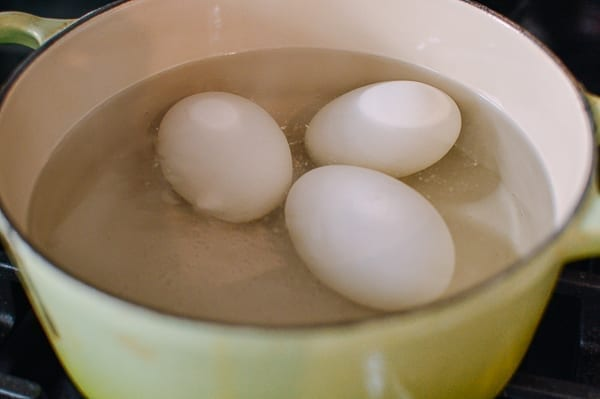 Cooking salted duck eggs, thewoksoflife.com