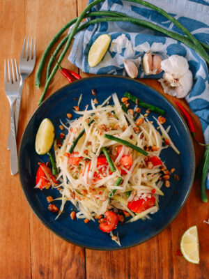 Thai Green Papaya Salad, thewoksoflife.com