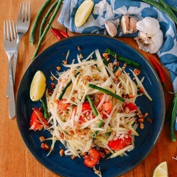 Thai Green Papaya Salad, thewoksoflife.com
