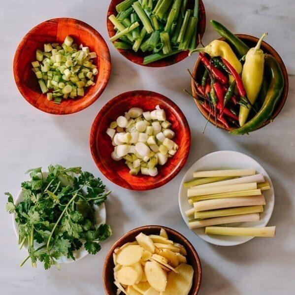 How to Freeze Fresh Herbs and Aromatics, thewoksoflife.com