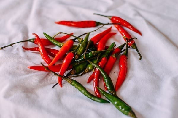 Drying chilies on kitchen towel, thewoksoflife.com