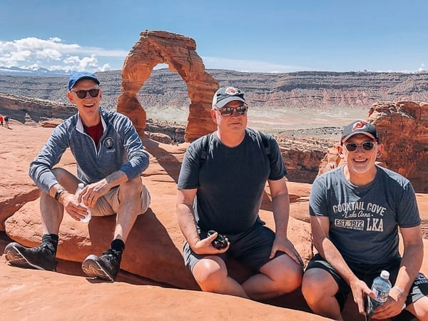 Arches National Park - delicate arch group photo by thewoksoflife.com