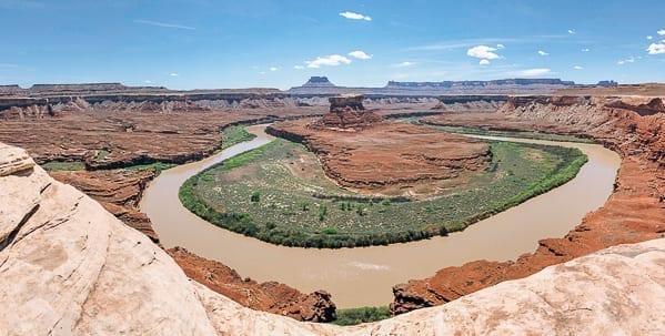 Green River Pano shot at Canyonlands National Park by thewoksoflife.com