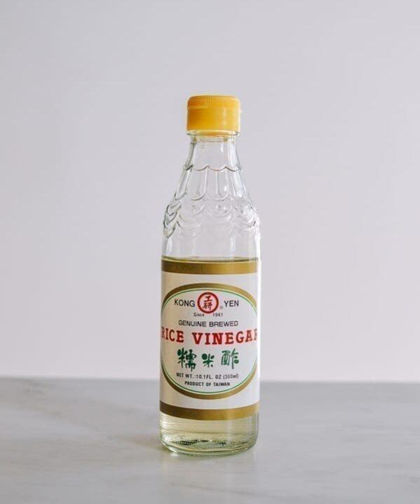 Rice vinegar, thewoksoflife.com