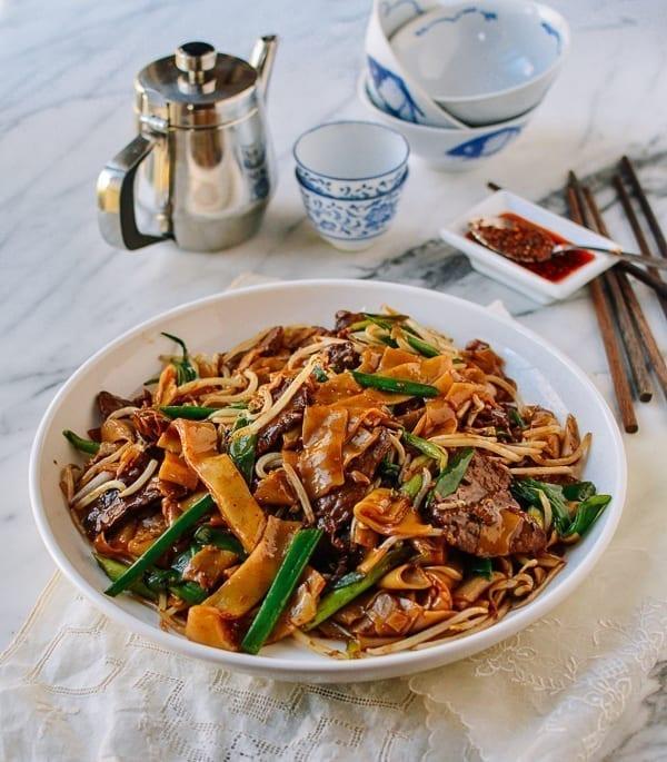 Beef Chow Fun, thewoksoflife.com
