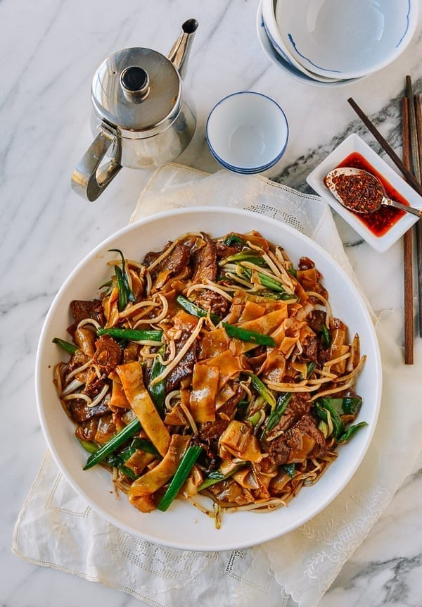 Chinese Beef Chow Fun, thewoksoflife.com