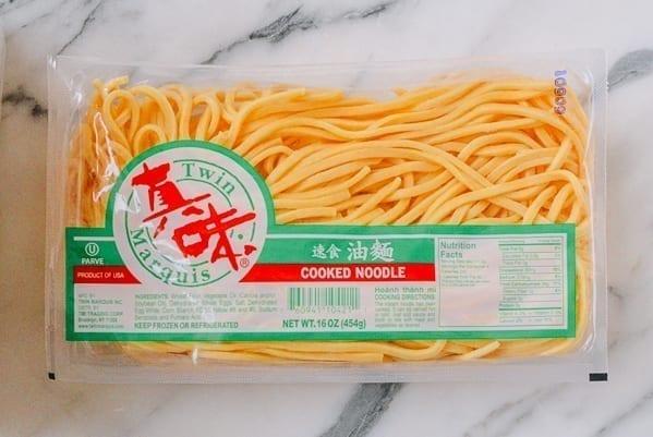 Cooked Lo Mein Noodles, thewoksoflife.com