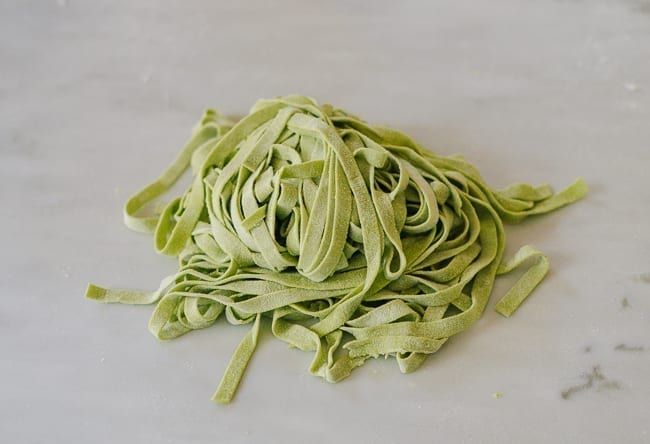 Homemade spinach noodles, thewoksoflife.com