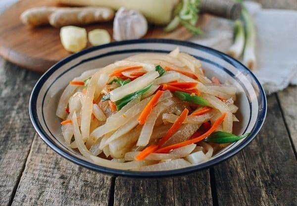 Chinese Daikon Stir-fry, thewoksoflife.com