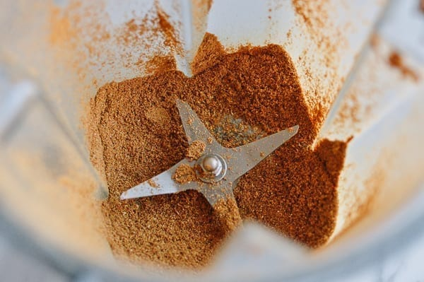 Blending five spice powder, thewoksoflife.com