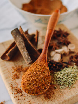 Homemade Five Spice Powder, thewoksoflife.com