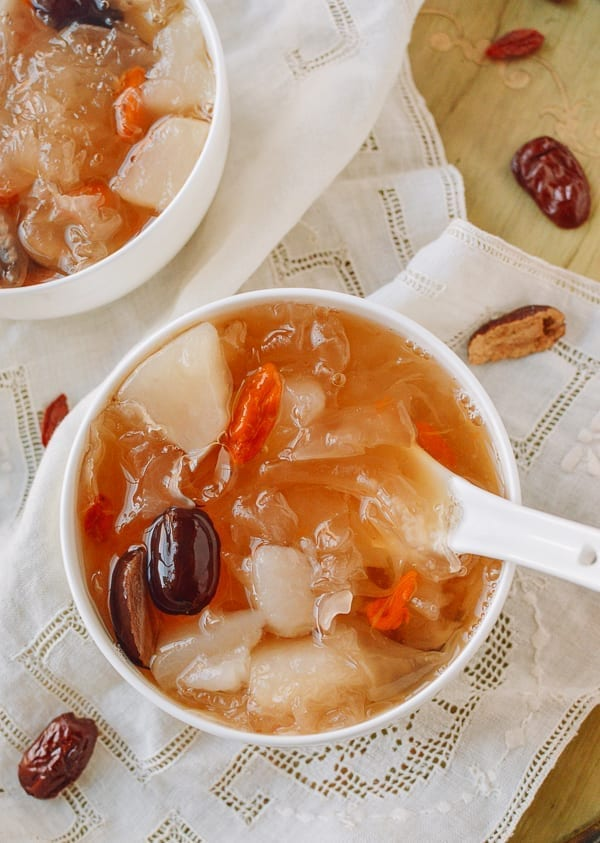 White fungus soup, thewoksoflife.com