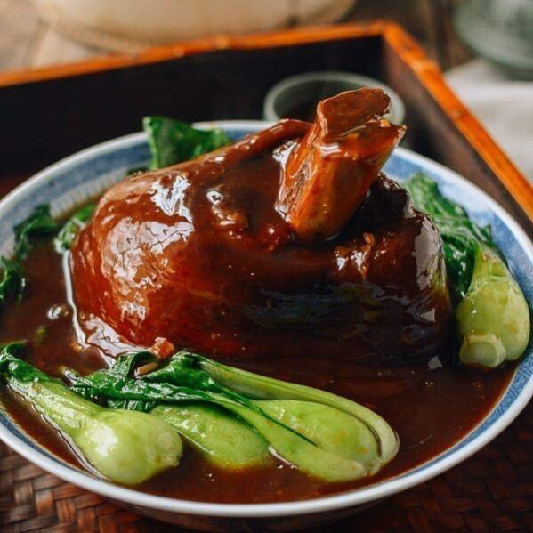 Chinese Braised Ti Pang (Pork Shank), thewoksoflife.com