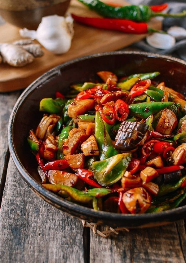 Spicy King Oyster Mushroom Stir Fry Vegan The Woks Of Life