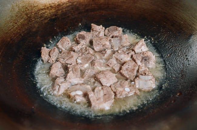 Simmering Pork Ribs, thewoksoflife.com