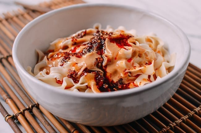 Peanut Noodles with Chili Oil, thewoksoflife.com