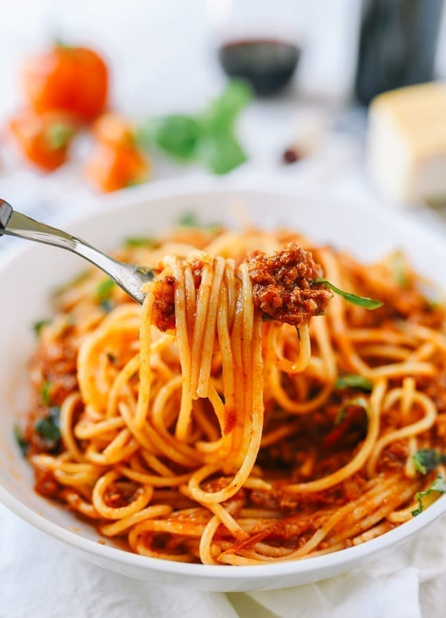 Forkful of spaghetti with meat sauce, thewoksoflife.com