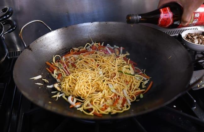 Stir-frying lo mein noodles, thewoksoflife.com