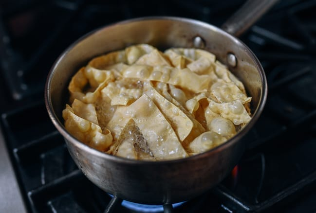 Frying wonton wrappers