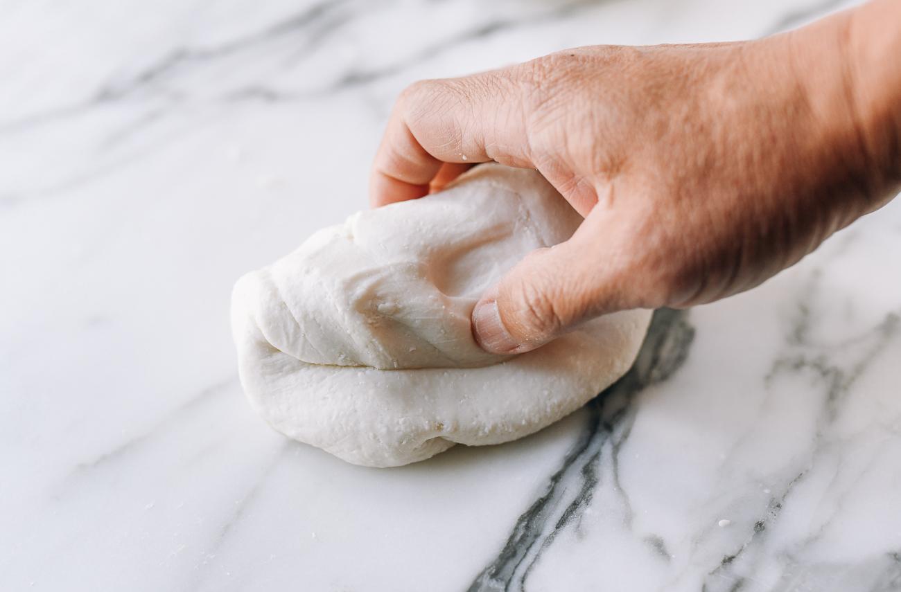 Glutinous rice flour dough