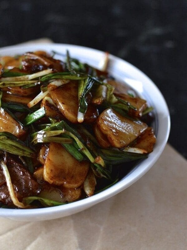 Steak and Scallion Rice Cake Stir-Fry by thewoksoflife.com