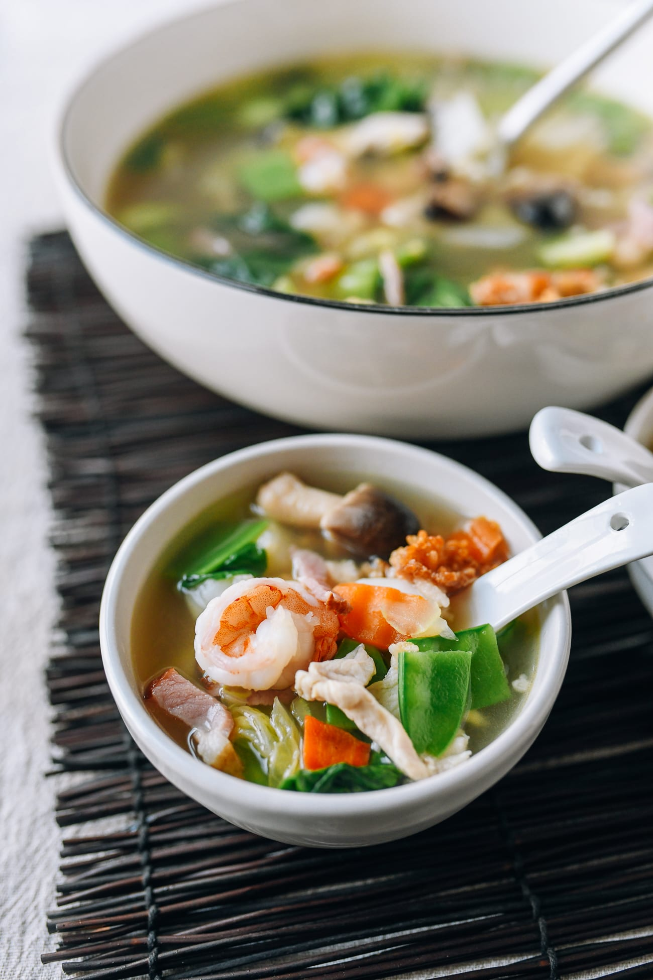 Bowl of sizzling rice soup
