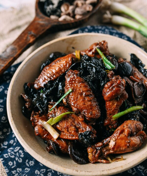 Chinese Braised Chicken and Mushrooms