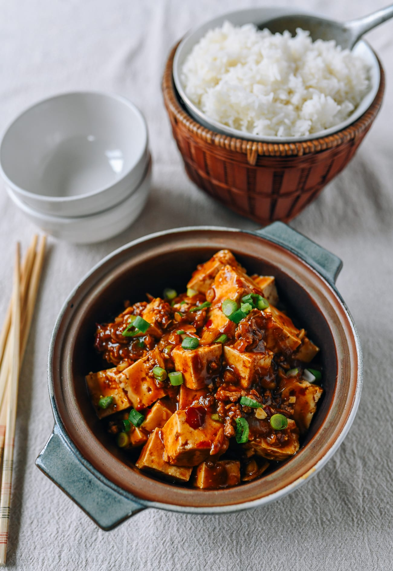 Spicy Garlic Tofu with steamed white rice