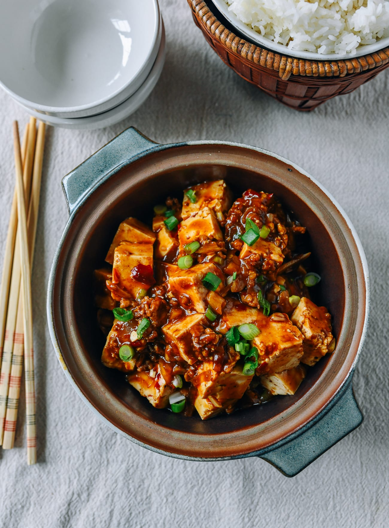 Spicy Garlic Tofu, thewoksoflife.com