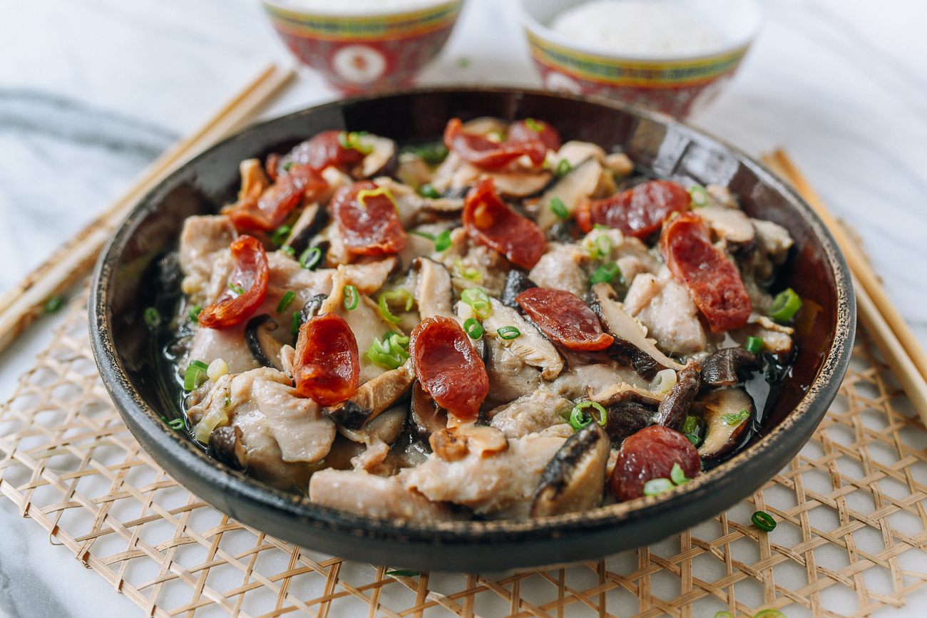 Steamed Chicken with Lap Cheung