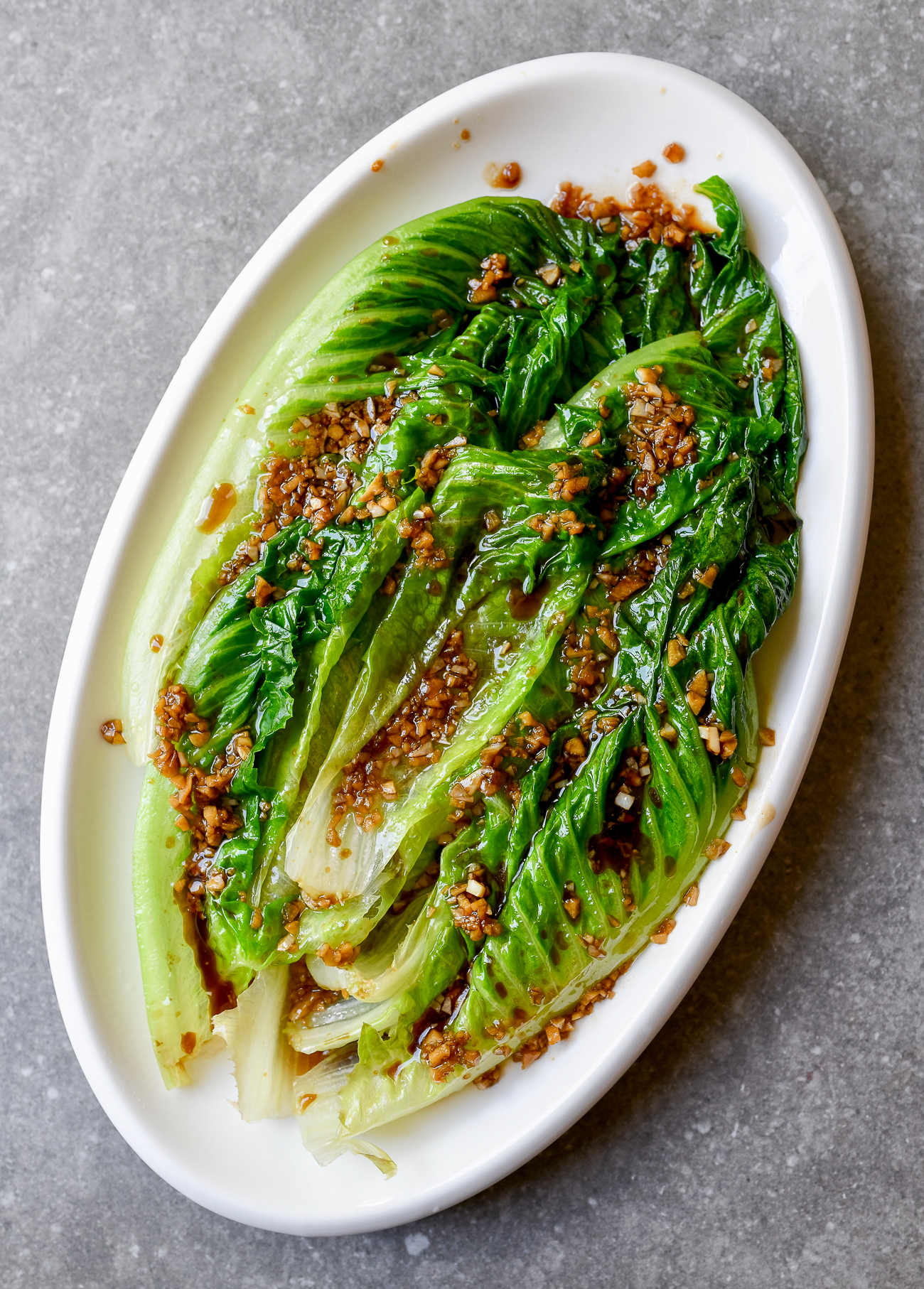 Chinese-style Cooked Lettuce with Oyster Sauce and Garlic