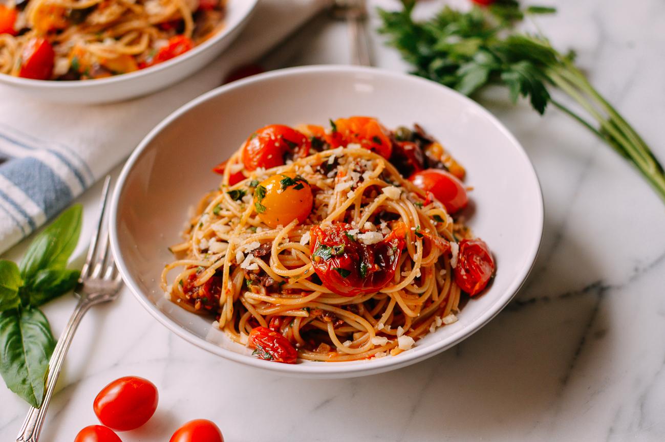 Roasted Cherry Tomato Pasta Puttanesca Recipe