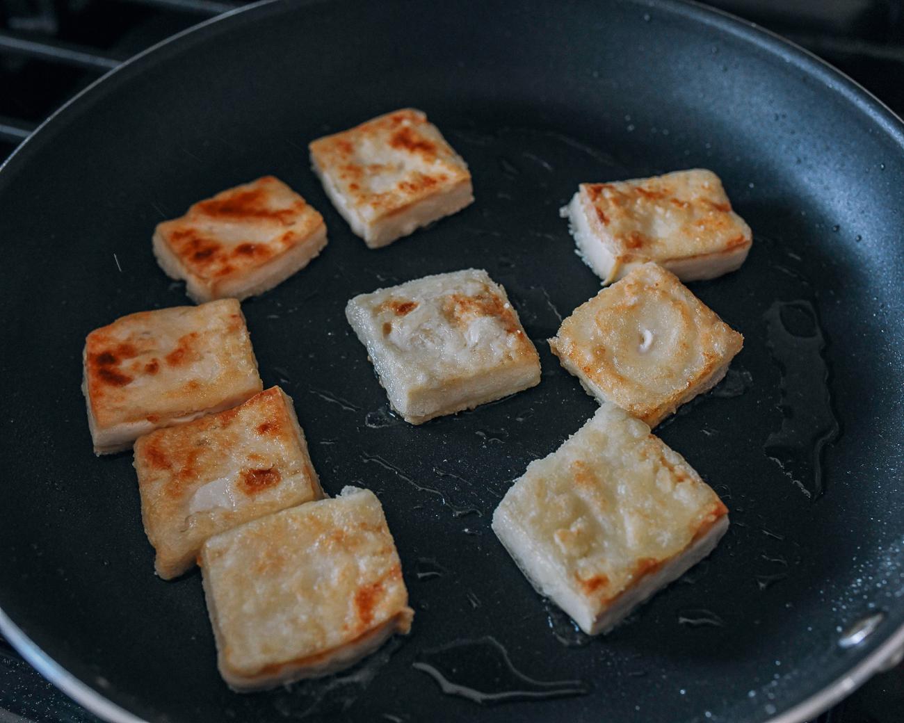 Pan-frying crispy tofu