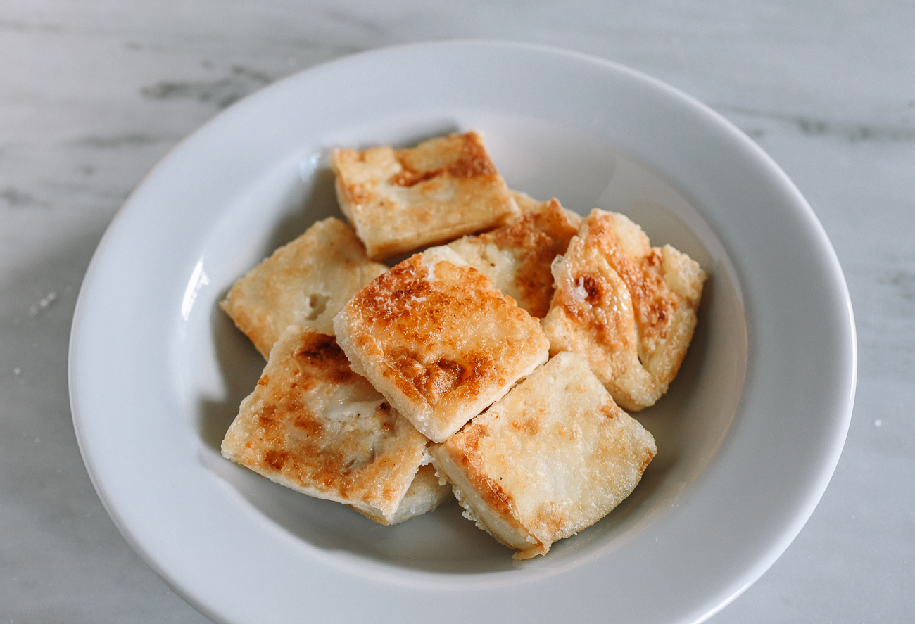 crispy tofu in serving plate