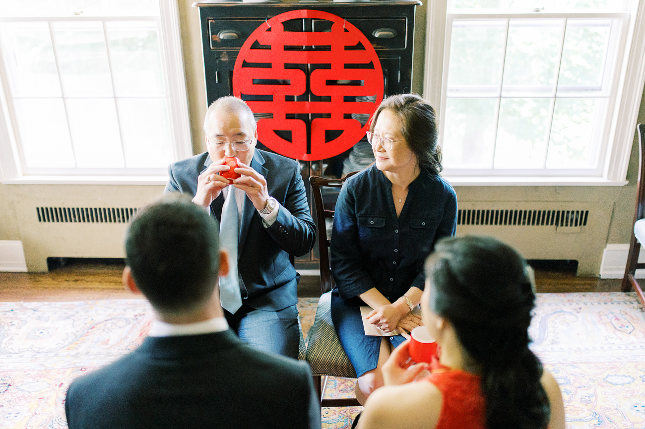 Parents at Chinese wedding tea ceremony